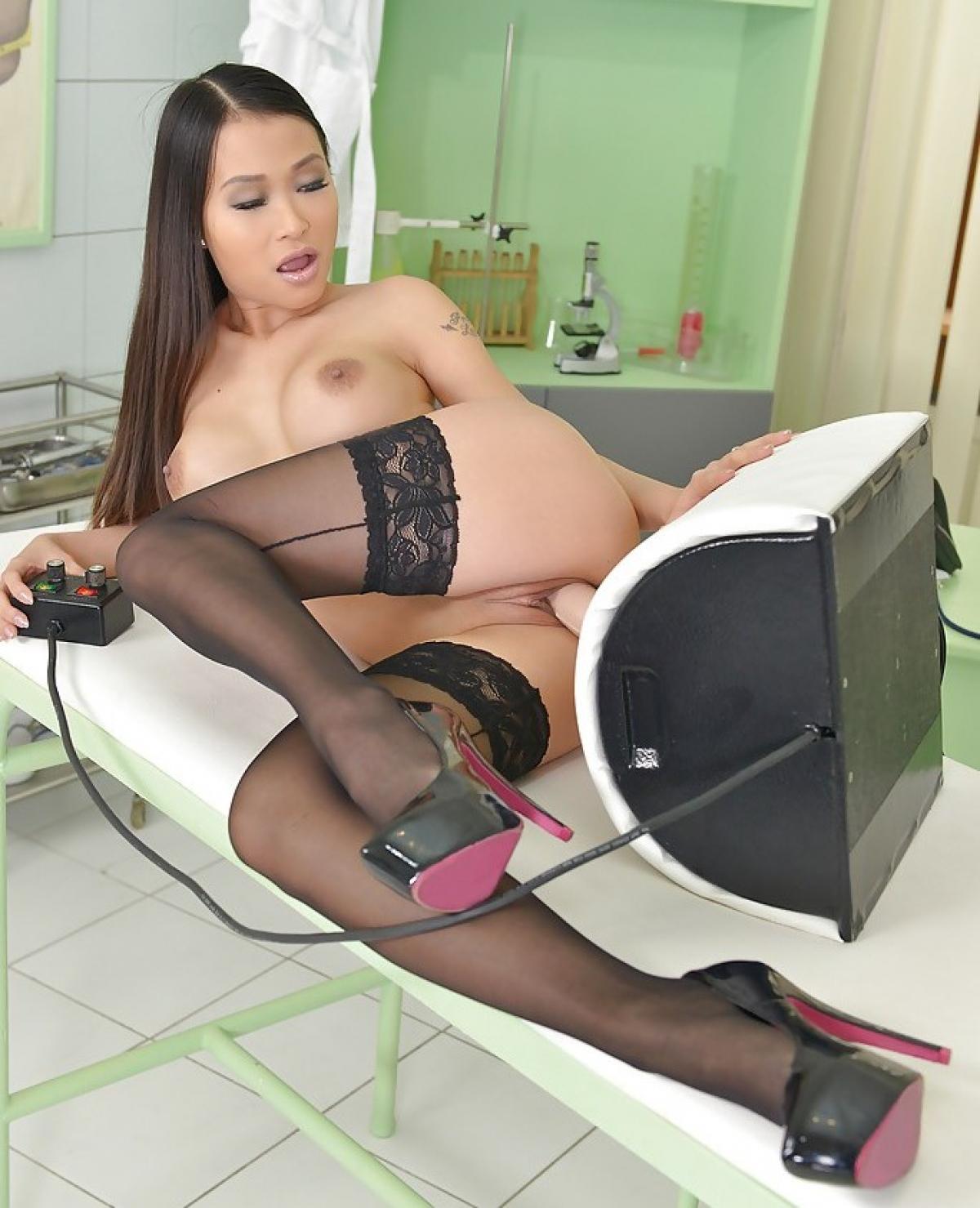 Asian Stockings Galleries