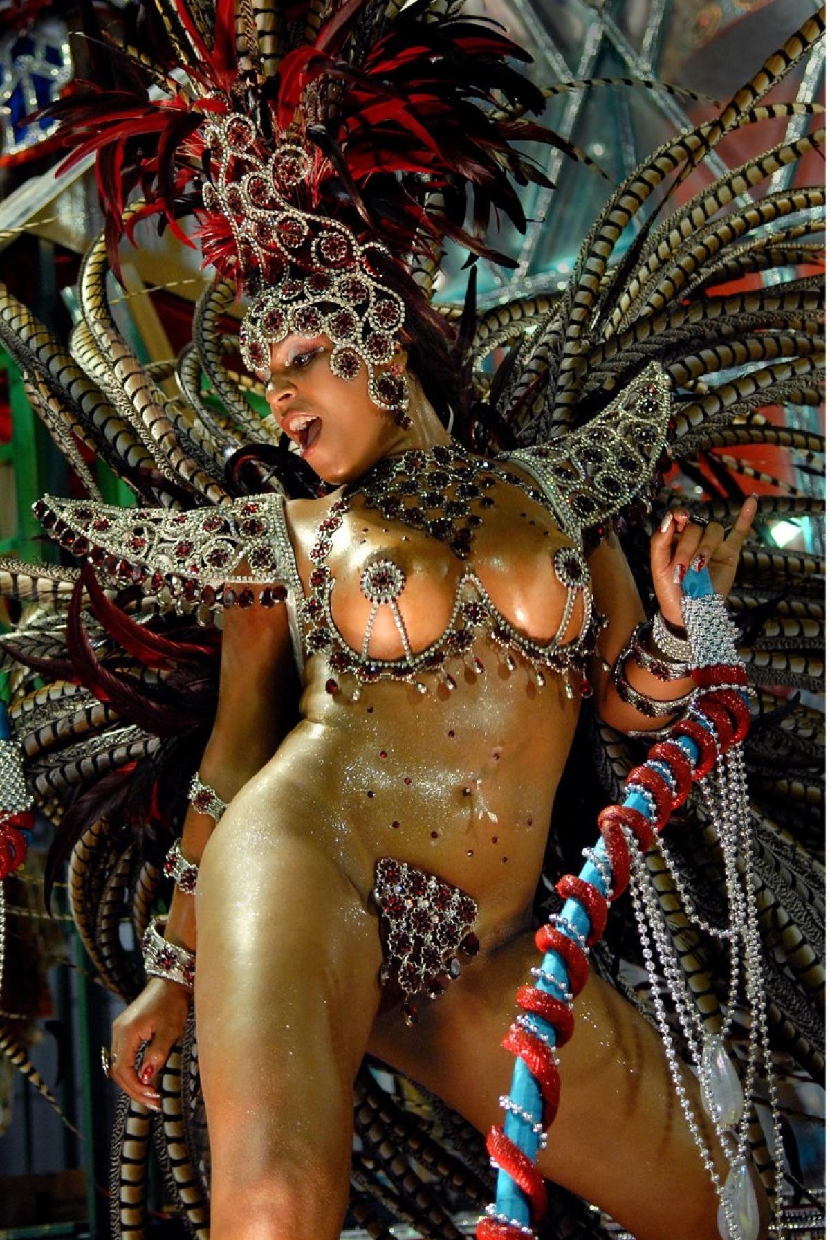 смотреть порно видео карнавал в бразилии